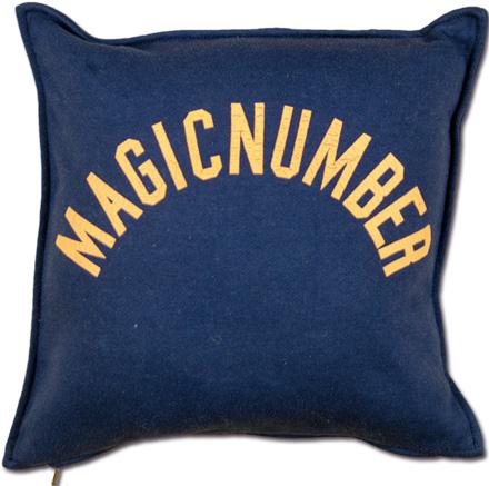 スウェット地のカジュアルクッション『Sweat Logo Cushion』 MAGIC NUMBER Holiday ITEM_n