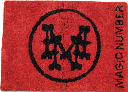 定番ロゴのラグマット『Circle Logo Rag Mat』MAGIC NUMBER Holiday ITEM
