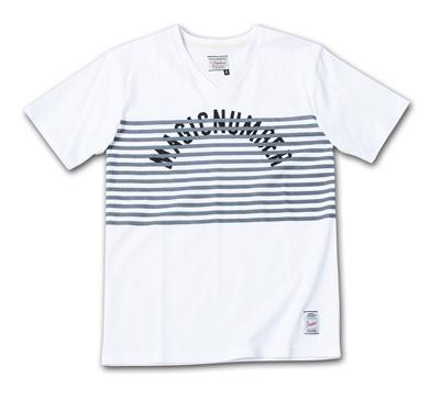 ボーダーとアーチロゴのVネック『 Border + Arch Logo V-Neck Tee』--2014/5/10発売『Blue.』6月号 掲載商品 #7_Charcoal