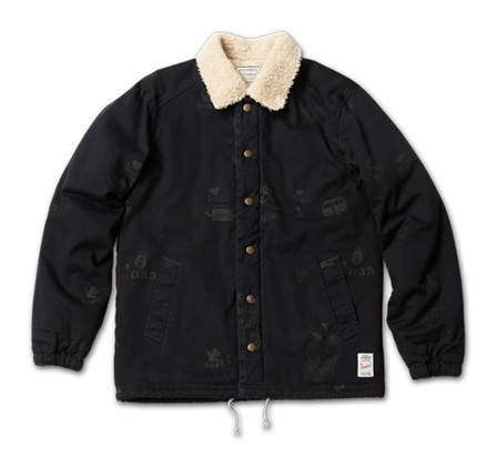 アーティスティックなジャケット『Hand Drawing Coach Jacket』MAGIC NUMBER AW ITEM_Navy