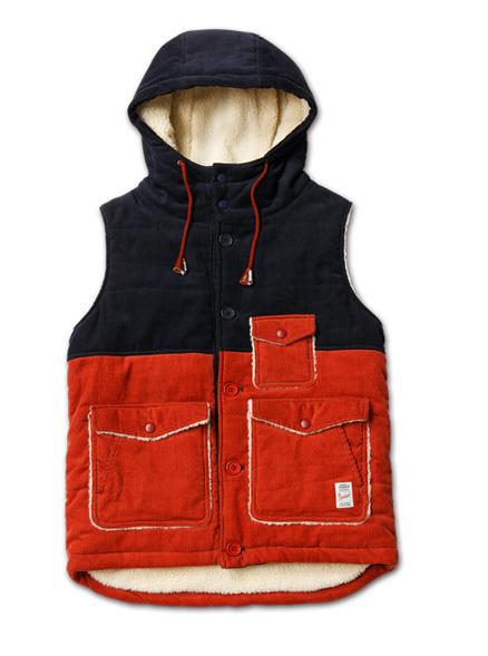 Blue. No.44(ブルー12月号)掲載 MAGIC NUMBER AW最新ITEM Bi-color Corduroy Vest Hoodie