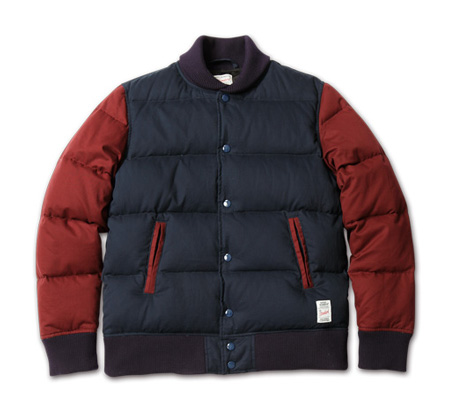 Blue. No.44(ブルー12月号)掲載 MAGIC NUMBER AW最新ITEM Varsity Down Jacket