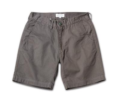 ベーシックなデザインで流行に流されないショーツ、日本製『Hard Finished Chino Shorts』MAGIC NUMBER 14SS最新ITEM_Grey